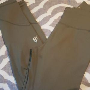 Ptula High waisted leggings